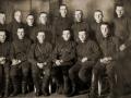 Галов Евгений Назарович (второй ряд в центре) и его сослуживцы
