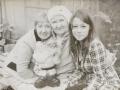 Лидия Шайкина (ребенок войны), дочь Галина Миронова и правнучка Алина Лазарева.