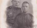 Додонов Вениамин Николаевич (справа)