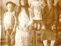 Смирнова (Лобанова) Нина Ивановна с мамой, бабушкой и братом.