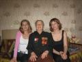 «Бабушка Надя и внучки Таня и Лена». Автор: Татьяна Анискина