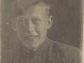 Фотография сделана в прифронтовом госпитале, где Владимир лечился после осколочного ранения руки. 1943 г.